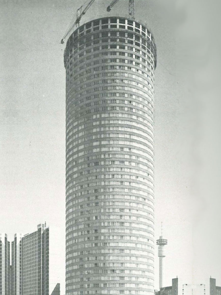 """Ponte nearing the end of building activities in 1974 / 1975 From """"Ponte – The tallest residential building in Africa"""""""